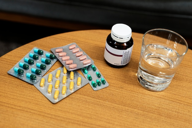 Medicamentos drogas farmacêuticas tratamento