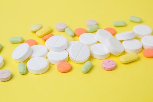 Medicamentos pílulas, drogas e antibióticos