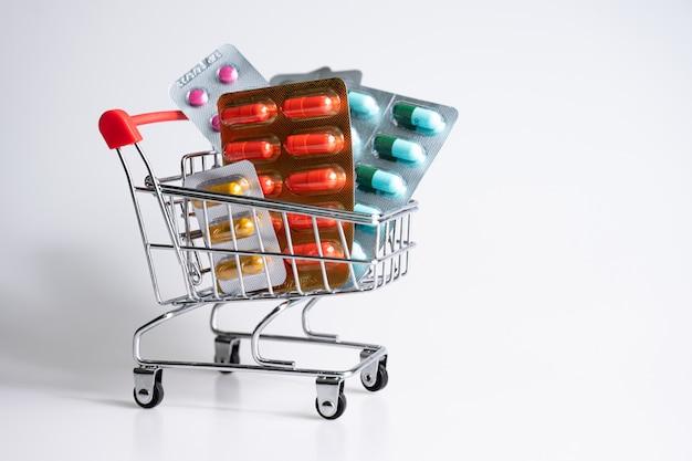 Medicamentos, vitaminas e suplementos antioxidantes no carrinho de compras online
