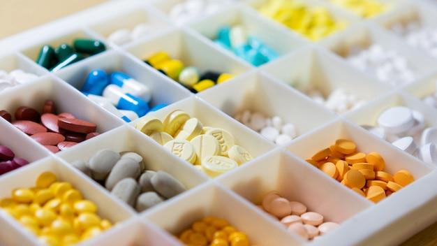 Medicina na vista da caixa de separação