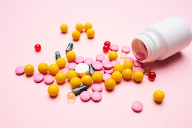 Medicina saúde, medicina farmacêutica, fundo isolado