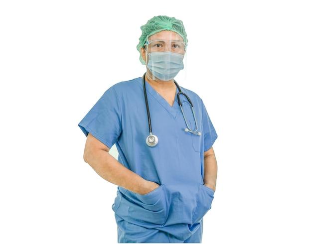 Médico asiático usando protetor facial e traje de proteção contra infecção de segurança covid19 coronavírus
