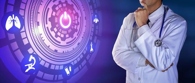 Médico com estetoscópio tocando os ícones digitais