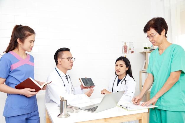 Médico, e, enfermeira médico, equipe