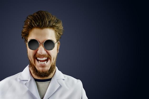 Médico louco no jaleco branco e óculos redondos pretos sobre fundo escuro susto
