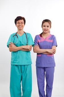 Médicos, cinzento