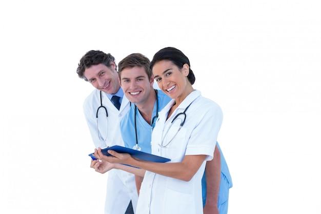 Médicos, enfermeiras, discutir, notas