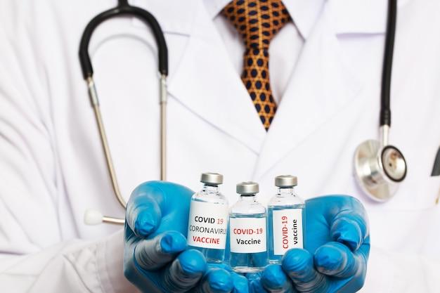 Médicos prontos para vacinar contra covid-19