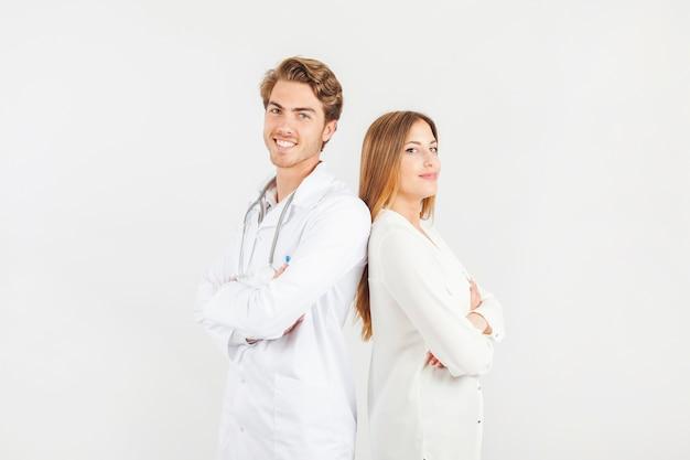 Médicos sorridentes