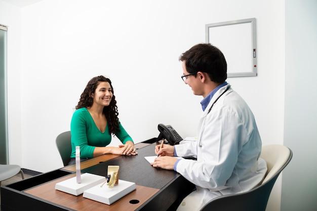 Médio, tiro, doutor, escrita, um, prescrição
