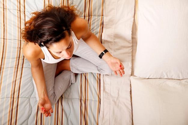 Meditando na cama