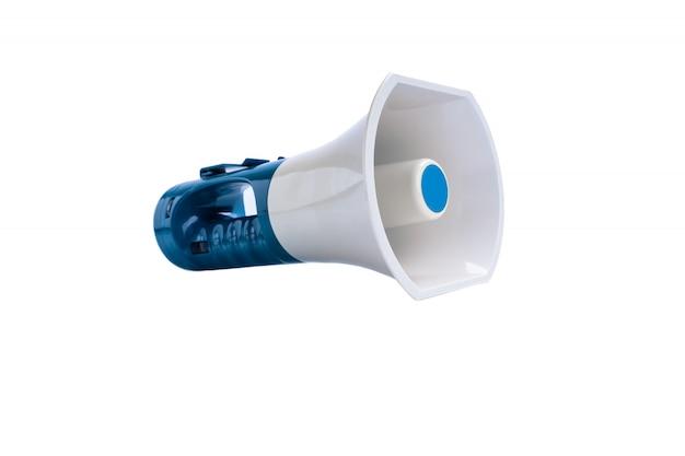 Mega alto-falante isolado no branco