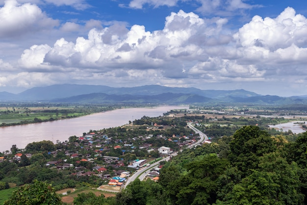 Mekong river no distrito de chiang saen, província de chiang rai em tailândia.
