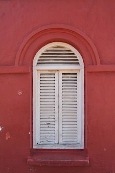 Melaka vermelhos velhos detalhe fechadas