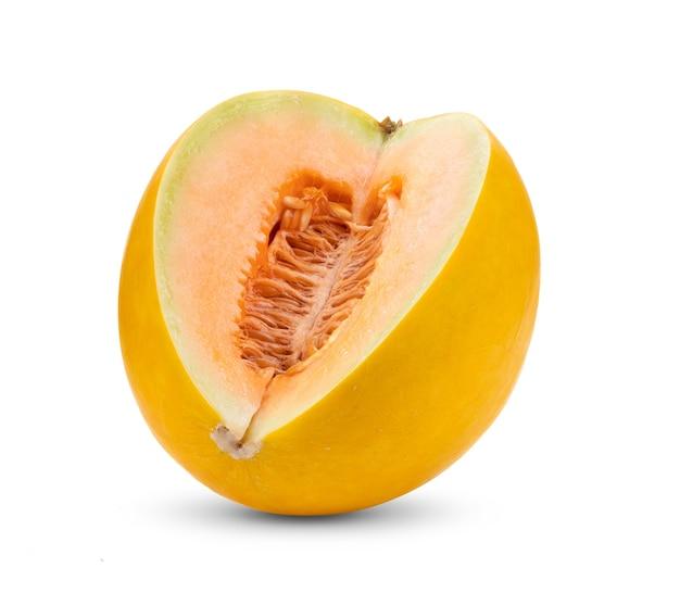 Melão amarelo isolado em fundo branco