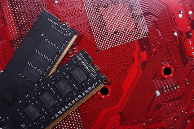 Memória de computador ram no fundo da placa-mãe