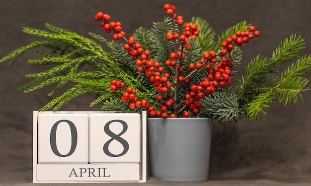 Memória e data importante 8 de abril, calendário de mesa - estação da primavera.