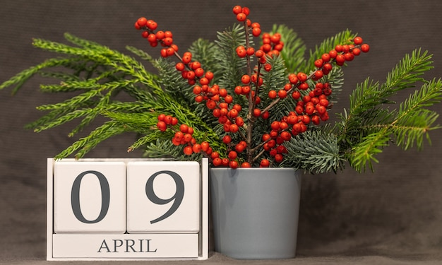 Memória e data importante 9 de abril, calendário de mesa - estação da primavera.