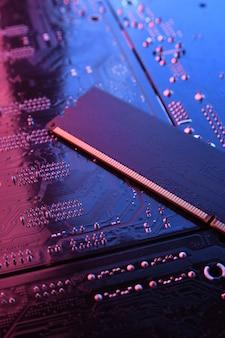 Memória ram do computador na placa-mãe do circuito