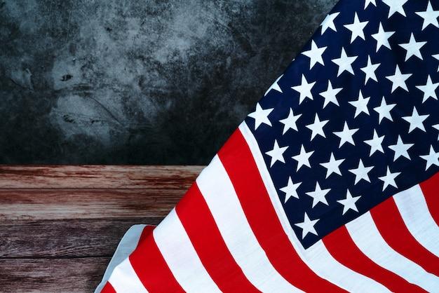 Memorial day com bandeira americana