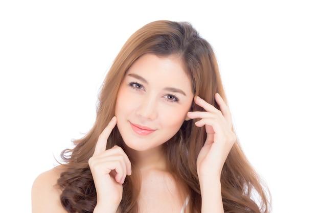 Menina bonita com conceito cosmético da composição, da mulher e dos cuidados com a pele.