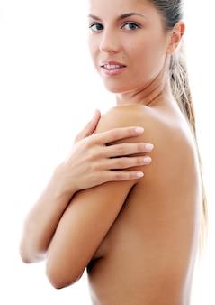 Menina bonita em topless