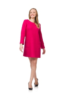 Menina bonita no vestido rosa isolado