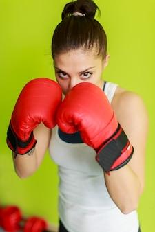 Menina boxe
