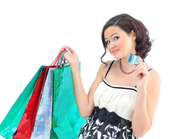 Menina, com bolsas codificadas por cores.
