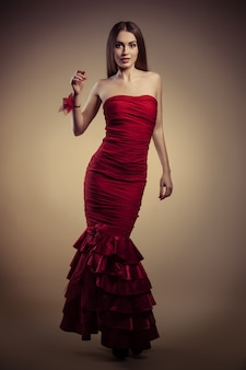 Menina, em, vestido vermelho