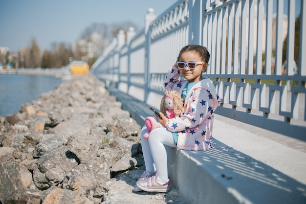 Menina no parque