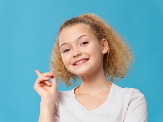Menina posando no retrato