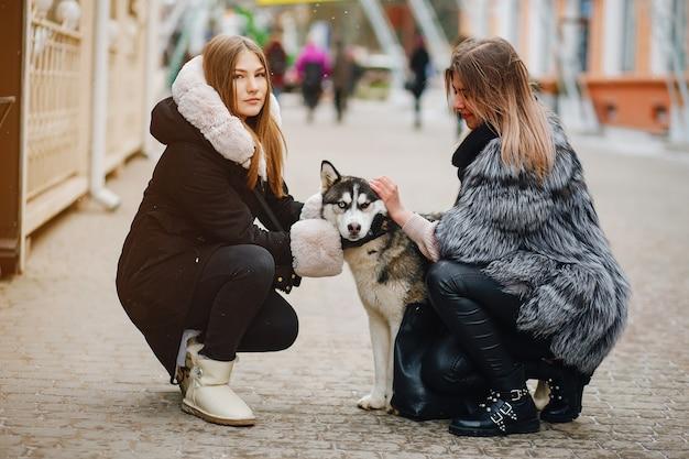 Meninas, com, cão