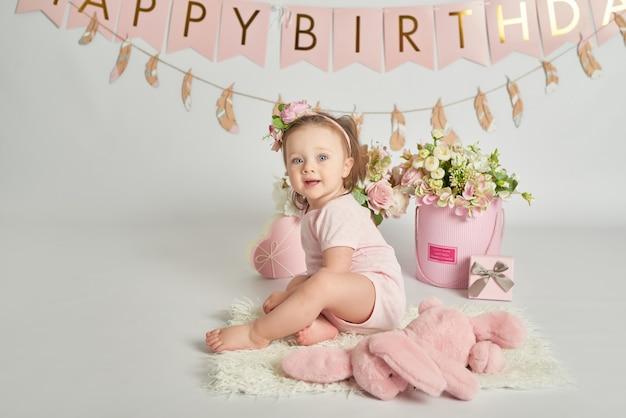 Meninas do primeiro aniversário, decoração nas cores rosa