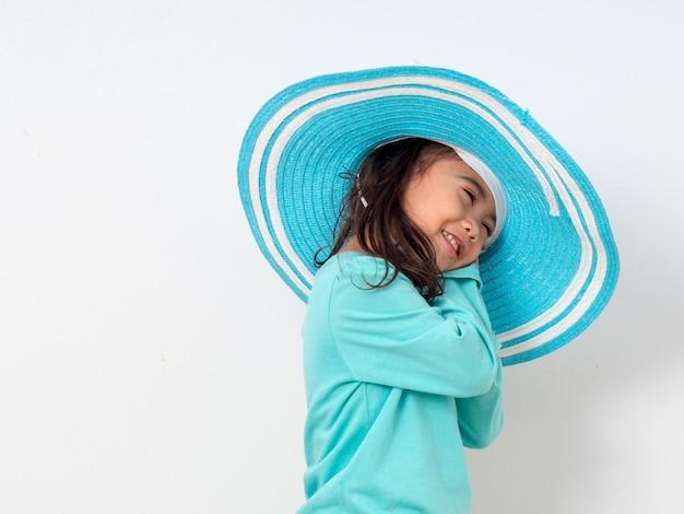 Menininha, em, azul, verão, chapéu