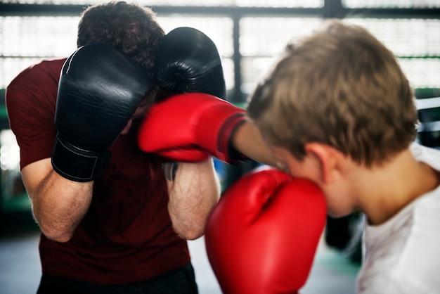 Menino jovem, boxe, com, seu, professor
