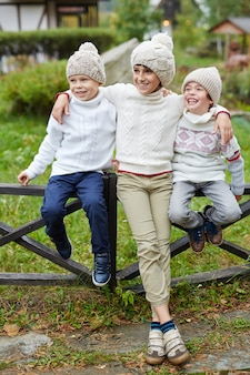Meninos felizes