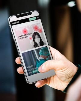 Mensagem de conscientização sobre o coronavírus e recursos em um site para celular