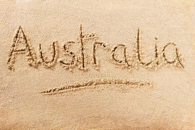 Mensagem de escrita de praia de verão na austrália