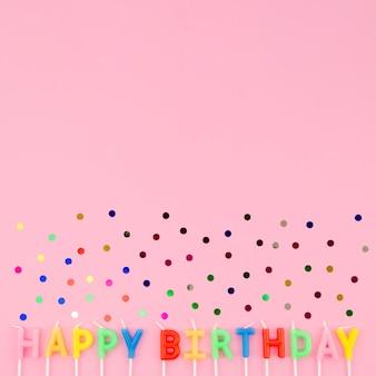 Mensagem de feliz aniversário com confete