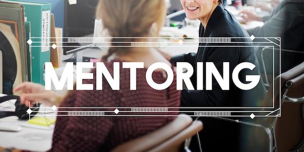 Mentoring coaching tutor orientando o conceito de ajuda