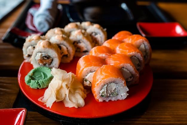 Menu do restaurante de sushi, marisco tradicional japonês delicioso.