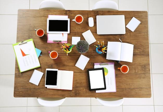 Mesa de escritório para reuniões, vista superior