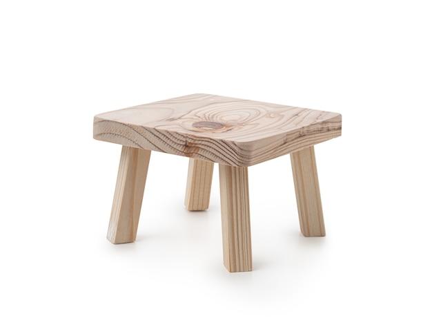 Mesa de madeira em fundo branco isolado