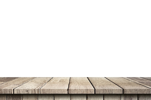 Mesa de madeira vazia em fundo branco isolado e montagem de exibição com espaço de cópia para o produto.