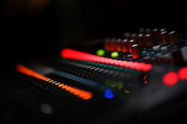 Mesa de mixagem de estúdio de gravação de som