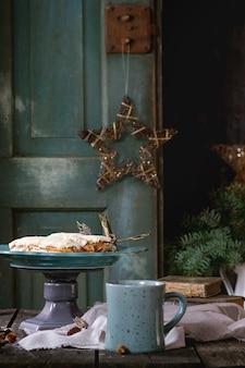Mesa de natal com eclairs