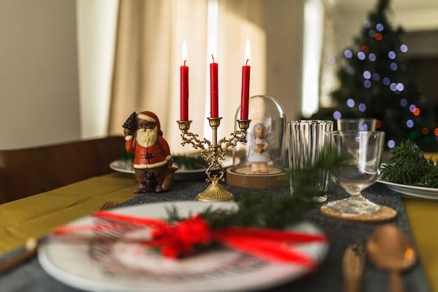 Mesa decorada para o natal