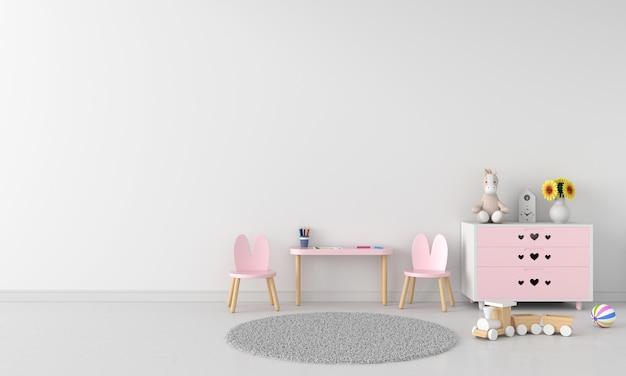 Mesa e cadeira rosa em quarto infantil branco