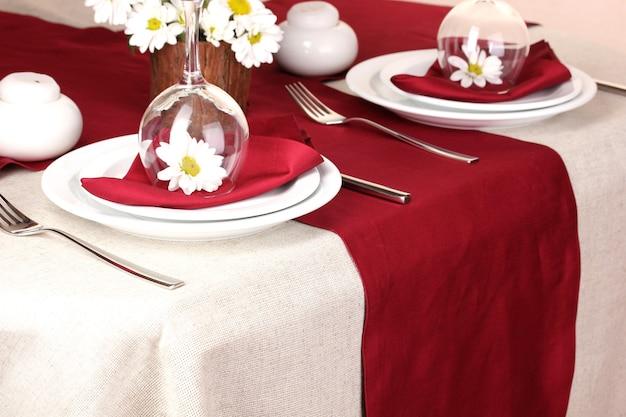 Mesa elegante em restaurante